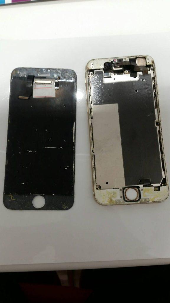 iPhone7 パネル外れた画像