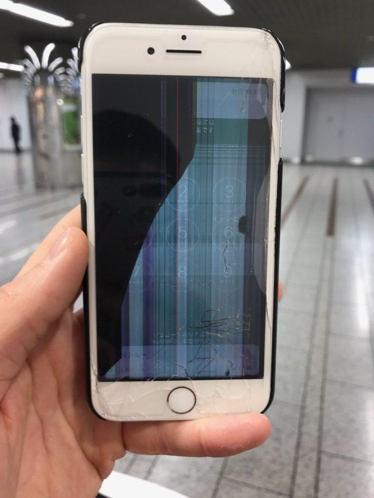 iPhone7 液晶破損画像