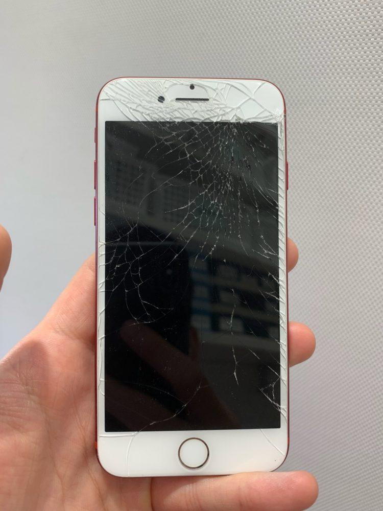 iPhone7 液晶損傷