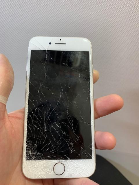 アイフォン7 修理前