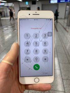 iPhone8p 修理前