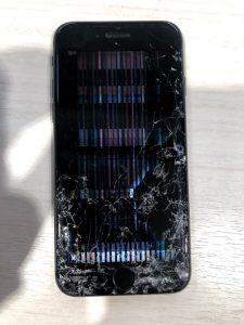 iPhone7 画面修理前