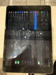 iPad修理前画像