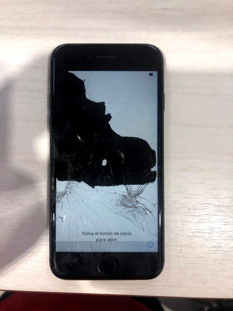 iPhone8 滲み