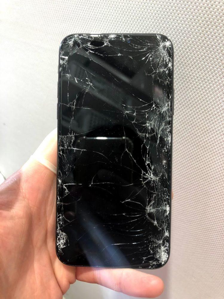 iPhoneX 映らない