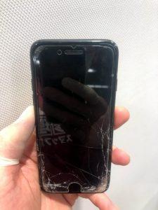 iPhone7 液晶映らない