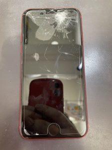 iPhone SE2修理前画像