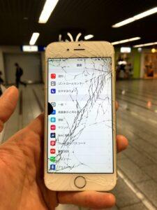 iPhone6s 割れ滲み